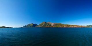 Panoramaansicht zu Holandsfjorden, Meloy, Norwegen Stockfotos