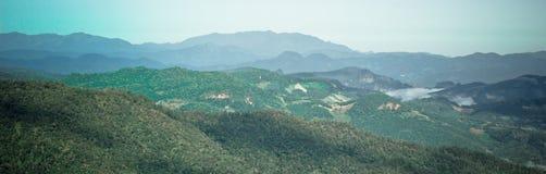 Panoramaberg beskådar Royaltyfria Bilder