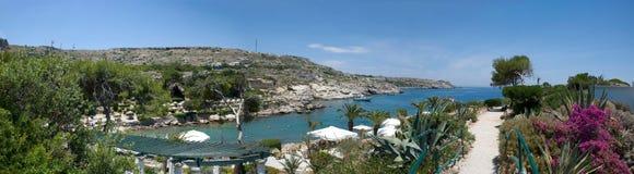 Panoramablick über Kallithea-Bucht auf griechischer Insel Rhodos Stockfotografie