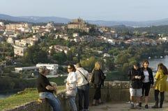 Panoramablick über spanischer Stadt Tui von Portugal lizenzfreies stockfoto