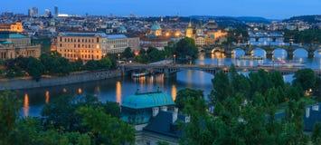Panoramablick auf dem die Moldau-Fluss Lizenzfreie Stockfotografie