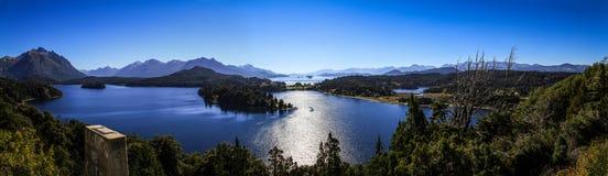 Panoramablick auf Lago Nahuel Huapi, Bariloche, Patagonia, Argentinien Lizenzfreies Stockbild
