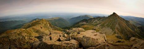 Panoramablick auf Pyrenäen von der Spitze von St Barthelemy Stockbild