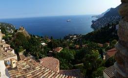 Panoramablick auf Roquebrune-Kappe Martin, Azur-Küste, Frankreich Stockbild