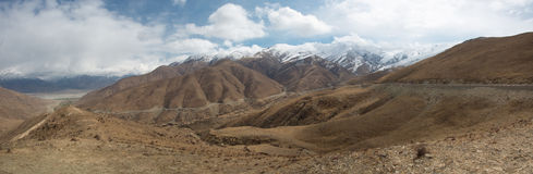 Panoramablick der Freundschafts-Straße in Tibet Stockfotografie