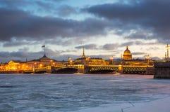 Panoramablick der historischen Mitte von St Petersburg Lizenzfreies Stockbild