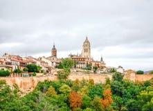 Panoramablick der historischen Stadt von Segovia, Spanien Lizenzfreies Stockbild