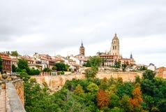 Panoramablick der historischen Stadt von Segovia, Spanien Stockfotos