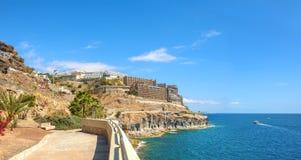 Panoramablick der Küstenlinie nahe Puerto- Ricobeliebtem erholungsort Gran C Lizenzfreies Stockfoto