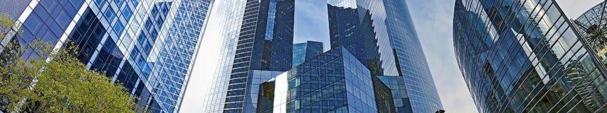 Panoramablick der La-Verteidigung, der Werbung und des Geschäftszentrums Stockfotos