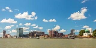 Panoramablick der Nordseite von Rotterdam Stockbilder