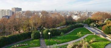 Panoramablick der Paris-Skyline von Parc de Belleville Stockfoto