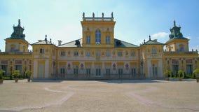 Panoramablick der Rückseite von altem Royal Palace stock video footage