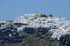 Panoramablick der Thira-Stadt in Santorini-Insel stockbild