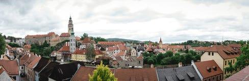 Panoramablick des alten Stadt-krumlov stockbild