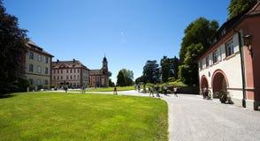Panoramablick des barocken Schlosses auf Mainau Insel/Deutschland Lizenzfreie Stockbilder