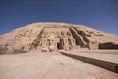 Panoramablick des großen Tempels von Ramses II in Abu Simbel, Ägypten Stockfotografie