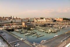 Panoramablick des Hafen- und Jachthafenhafens von La Coruna - La Coruña, Galizien, Spanien lizenzfreie stockfotografie