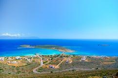 Panoramablick des Hafens von Kythera mit dem Schiffswrack ` Nordland-`, Diakofti Kythera Lizenzfreie Stockfotos
