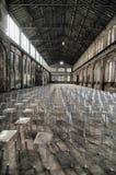 Panoramablick des leeren Industrieanlagestandorts stationieren heutzutage für Sitzungen und Ausstellungen OGR lizenzfreies stockbild