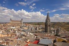 Panoramablick einer europäischen Stadt Stockbilder
