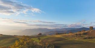 Panoramablick einer ländlichen Landschaft im Süd-Italien Stockfotos