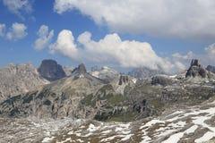 Panoramablick um Tre Cime Stockbild
