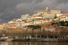 Panoramablick- und Mondego-Fluss Coimbra portugal stockfoto