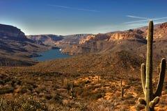 Panoramablick von Apache See Stockbild