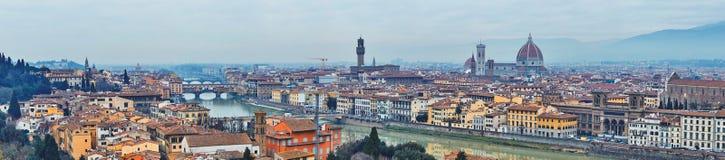 Panoramablick von Arno River stockbild