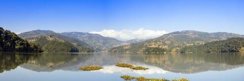 Panoramablick von Bebnas See lizenzfreies stockfoto