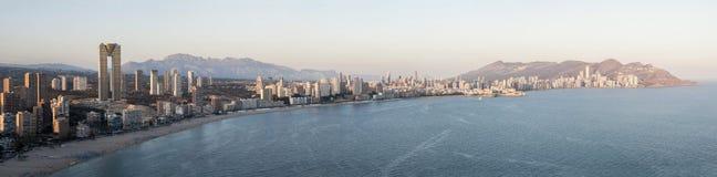 Panoramablick von Benidorm-Küstenlinie, Spanien Lizenzfreie Stockbilder