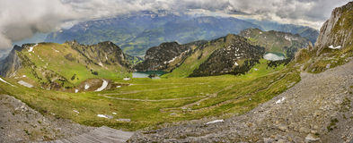 Panoramablick von Berner Oberland von Stockhorn lizenzfreies stockbild