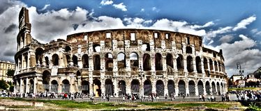 Panoramablick von Colosseum, Rom, Italien lizenzfreie stockfotografie