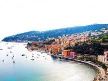 Panoramablick von französischem Riviera nahe Stadt des Villefranche-sur-Mer, Menton, Monaco Monte Carlo, ` Azur, französisches Ri Lizenzfreies Stockbild