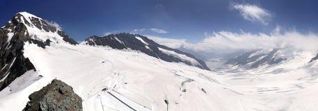 Panoramablick von Gletscher Monch, Trugberg und Aletsch Lizenzfreie Stockbilder