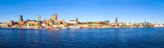 Panoramablick von Hamburg im Januar stockbild