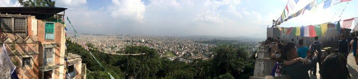 Panoramablick von Kathmandu-Stadt von Swayambhu-Tempel Stockfotografie