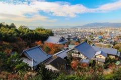 Panoramablick von Kyoto, wie von Enkoji-Tempel gesehen Lizenzfreies Stockfoto