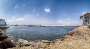 Panoramablick von Lagunillas-Strand im national Reserve von Paracas-Park, Peru stockbilder