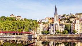 Panoramablick von Lyon mit der Saone Stockfotografie