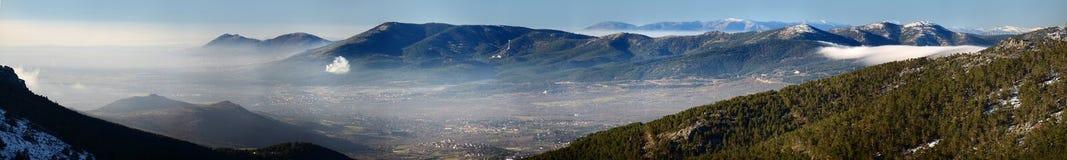 Panoramablick von Madrid-Sierra Stockfotografie