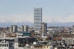 Panoramablick von Mailand mit den neuen Skylinen Lizenzfreies Stockfoto
