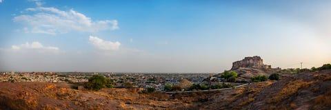 Panoramablick von Mehrangarh-Fort in Jodhpur, Rajasthan, Indien Lizenzfreie Stockfotografie