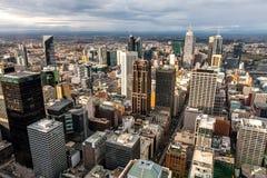 Panoramablick von Melbourne von einem Höhepunkt Lizenzfreie Stockfotos