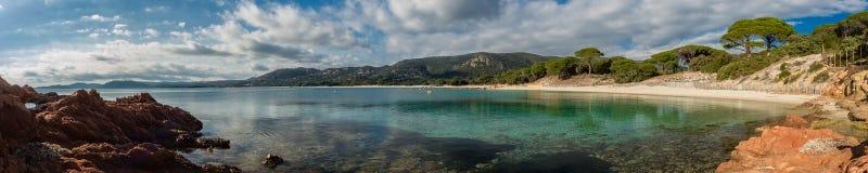 Panoramablick von Palombaggia-Strand in Korsika Stockfotografie
