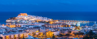 Panoramablick von Peniscola, (Spanien) stockbilder