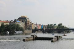 Panoramablick von Prag- und Moldau-Fluss, Tschechische Republik stockbild