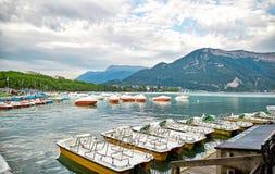 Panoramablick von See Annecy in Frankreich Lizenzfreies Stockfoto