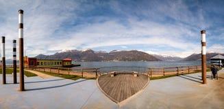 Panoramablick von See Maggiore Lizenzfreies Stockfoto